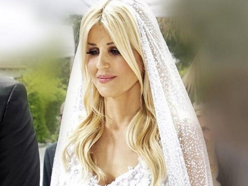 Εικόνες από τον γάμο της Έλενας Ράπτη!