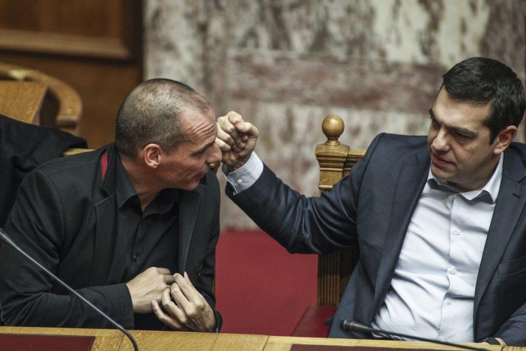 O Τσίπρας ήθελε τον Βαρουφάκη για «χρήσιμο ηλίθιο» | in.gr