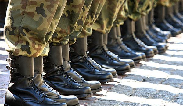 Στρατός : Ολοι θέλουν να κάνουν τη θητεία τους, αλλά… δεν υπάρχουν άρβυλα   in.gr