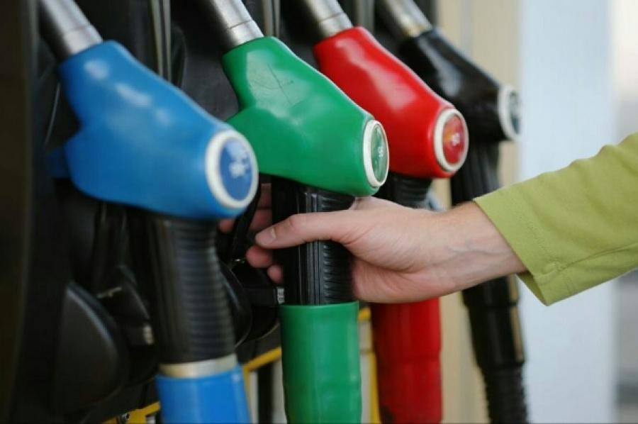Σε αναμμένα κάρβουνα η αγορά πετρελαίου – Συναγερμός για κερδοσκοπικά φαινόμενα