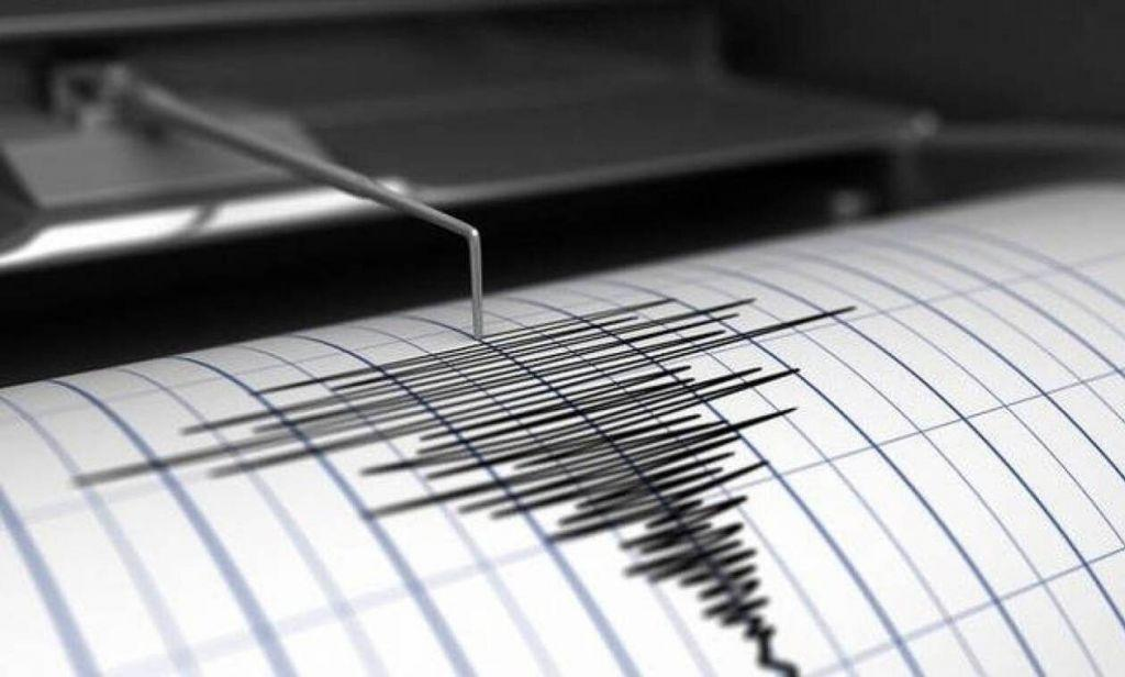 Twitter : Φθηνό μέσο ανίχνευσης του Εγκέλαδου – Τι ανακάλυψαν Γάλλοι σεισμολόγοι
