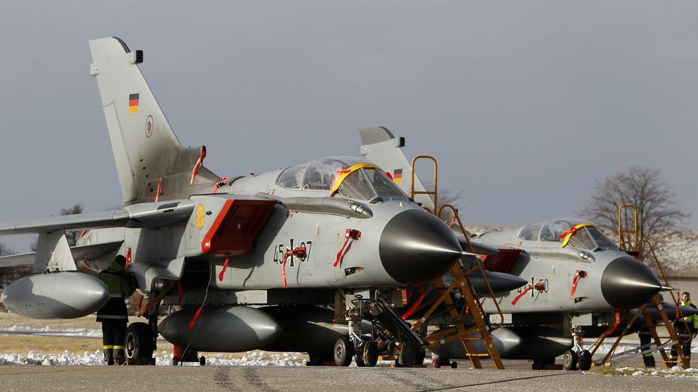 Συντριβή μαχητικού αεροσκάφους στη Γερμανία