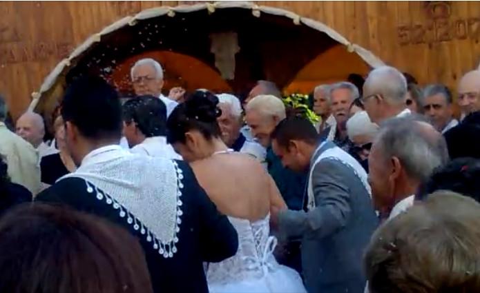 ΕΛΣΤΑΤ : Μειώνεται ο πληθυσμός – Τα δείχνουν τα στοιχεία για γάμους και σύμφωνα συμβίωσης | in.gr