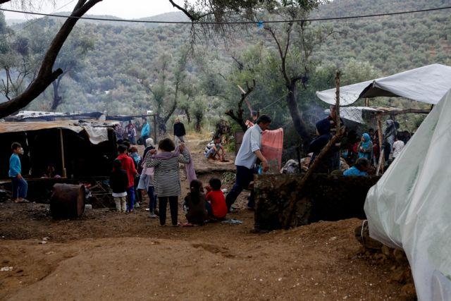 «Βουλιάζουν» Λέσβος και Σάμος – Φόβοι για νέες ταραχές στις Δομές προσφύγων | in.gr