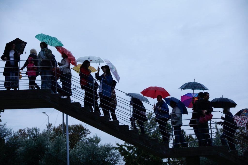 Καιρός: Καλοκαίρι τέλος – Βροχές και καταιγίδες από το Σάββατο