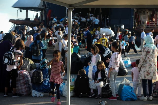Προσφυγικό : Σοβαρά προβλήματα στην ένταξη των προσφύγων σε έξι χώρες της ΕΕ