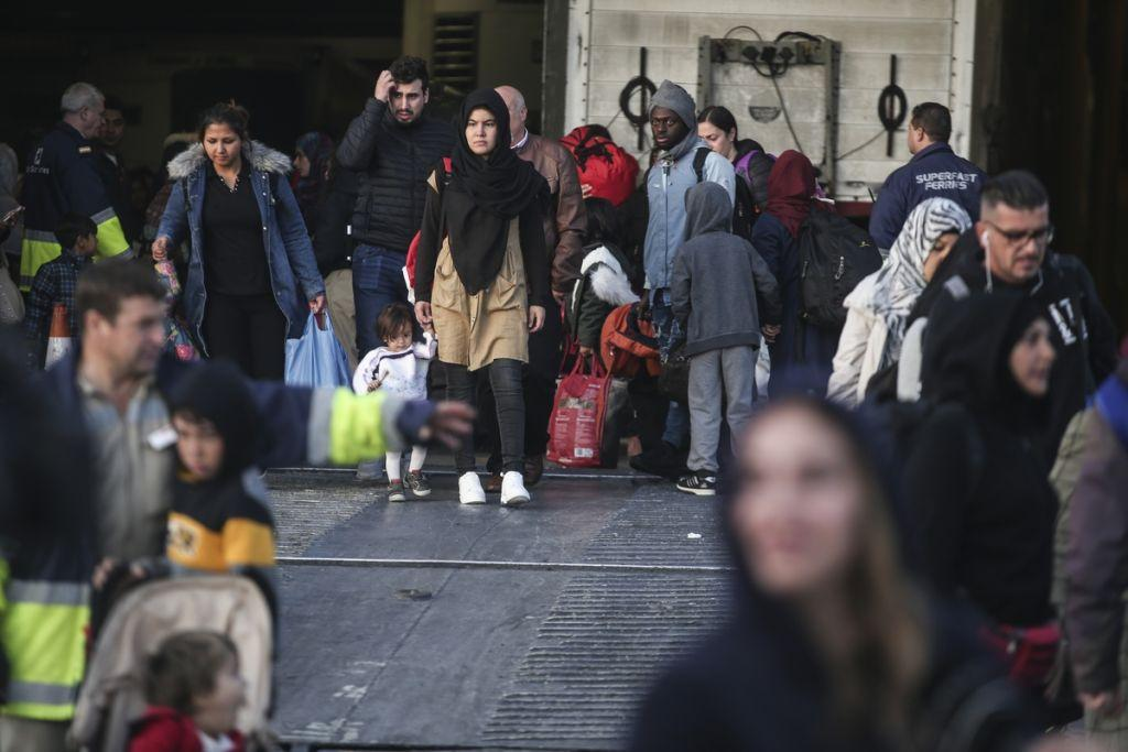 Ελληνικό Συμβούλιο για τους Πρόσφυγες: Εκτός διεθνούς δικαίου οι εξαγγελίες της κυβέρνησης για το προσφυγικό
