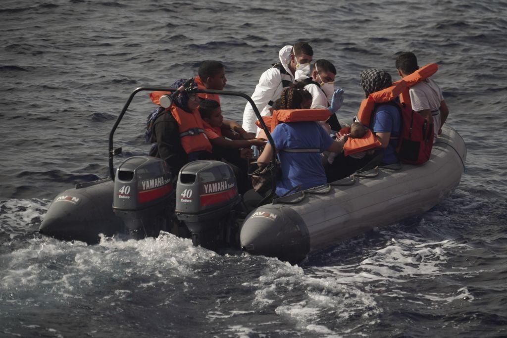 Πρόσφυγας από τη Λιβύη: Θα προτιμούσα να πεθάνω στη θάλασσα από το να γυρίσω πίσω
