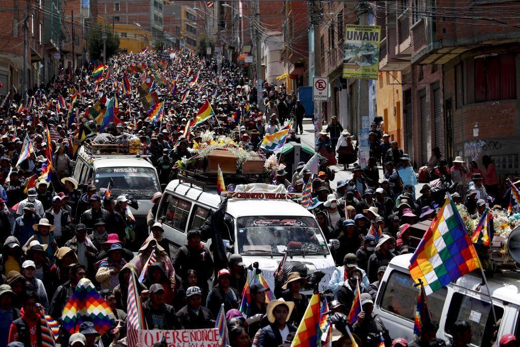 Βολιβία : Σταματούν οι αποκλεισμοί δρόμων ενόψει των συνομιλιών κυβέρνησης και διαδηλωτών