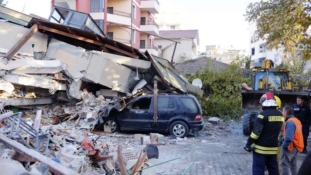 Σεισμός στην Αλβανία : Αυξάνεται ο αριθμός των νεκρών [Εικόνες χάους]