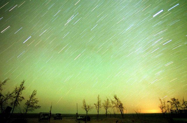 Η φθινοπωρινή βροχή των διαττόντων Λεοντιδών κορυφώνεται το βράδυ της Κυριακής 17 Νοεμβρίου