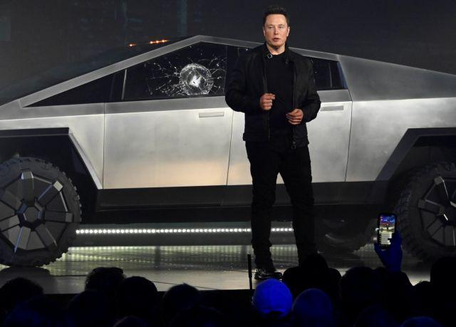 Έλον Μασκ : 150.000 παραγγελίες για το Cybertruck της Tesla