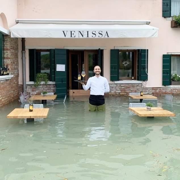 «Βενετία γίναμε» : Οι τουιτεράδες είδαν τον Γηρυόνη με άλλο μάτι – Γκρίνια και επικές ατάκες