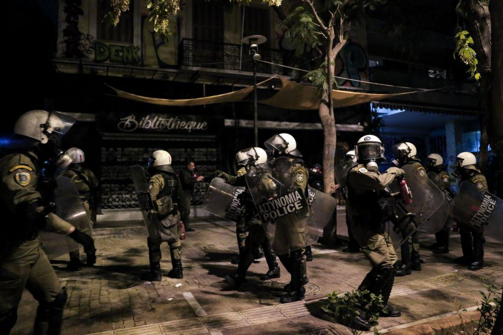 Πολυτεχνείο: Απαράδεκτη και παράνομη στάση των αστυνομικών δυνάμεων καταγγέλλουν δικηγόροι