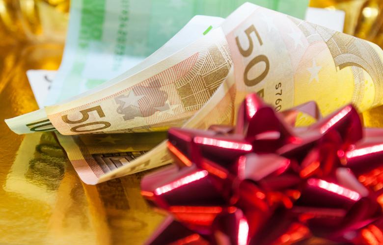 Δώρο Χριστουγέννων 2019: Πότε θα καταβληθεί από τον ΟΑΕΔ; Πώς υπολογίζεται στον ιδιωτικό τομέα;