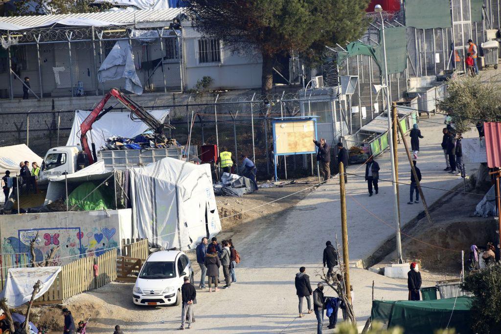 Η Γενί Σαφάκ ξαναχτυπά : Η Ελλάδα φτιάχνει ναζιστικά… στρατόπεδα για τους μετανάστες