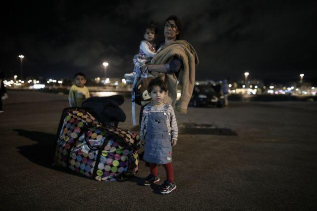 Αποτέλεσμα εικόνας για ναουσα μετανάστες