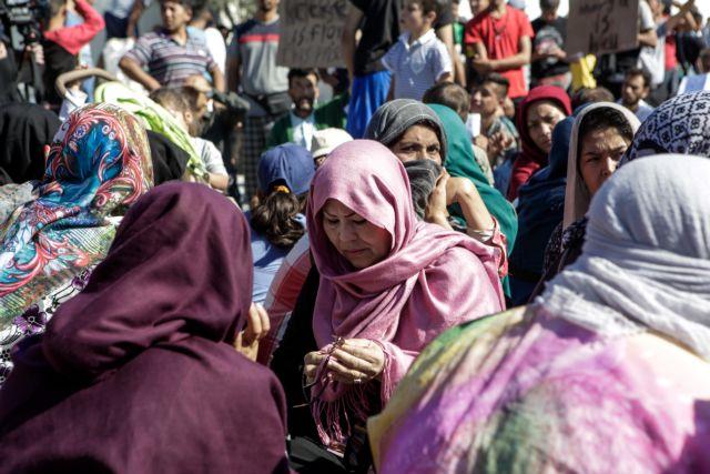 «Βράζουν» τα νησιά του Αιγαίου : Πάνω από 15.000 πρόσφυγες στη Μόρια – Κινητοποιήσεις στη Λέρο