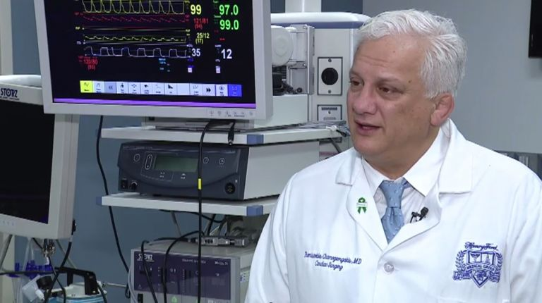 Το νέο ιατρικό επίτευγμα του καρδιοχειρουργού Θεμιστοκλή Χαμογεωργάκη