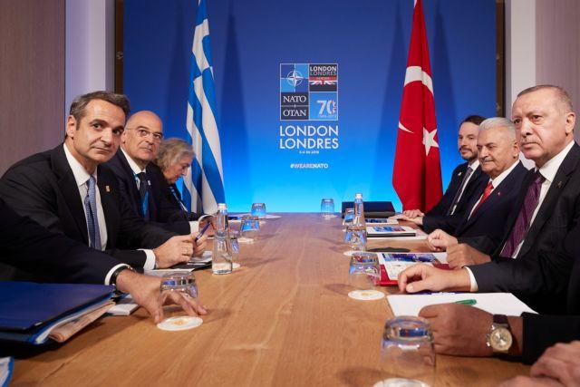 Αγεφύρωτο το χάσμα μεταξύ Μητσοτάκη και Ερντογάν – Πώς ερμηνεύουν Αθήνα και Αγκυρα τη συνάντηση | in.gr