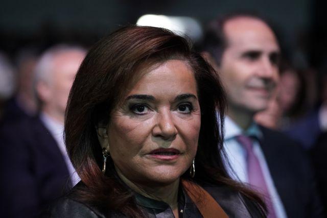 Η Ντόρα Μπακογιάννη… βουλευτής ΣΥΡΙΖΑ