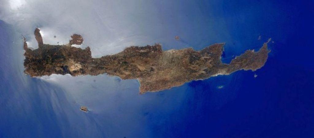 Κρήτη και Κυκλάδες… ανάποδα από το Διάστημα