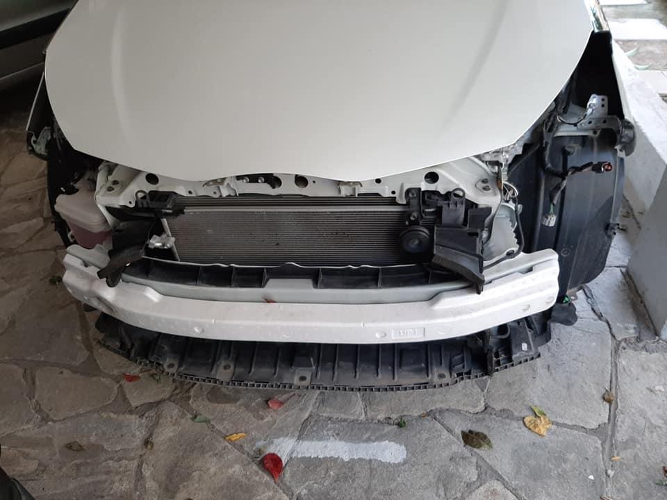 Καλαμαριά : Δεν πίστευε στα μάτια του όταν είδε το αυτοκίνητό του στην πιλοτή (εικόνες)