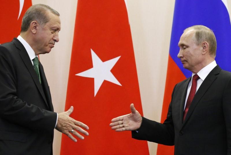 Πόλεμος… Ρωσίας – Τουρκίας στη Λιβύη