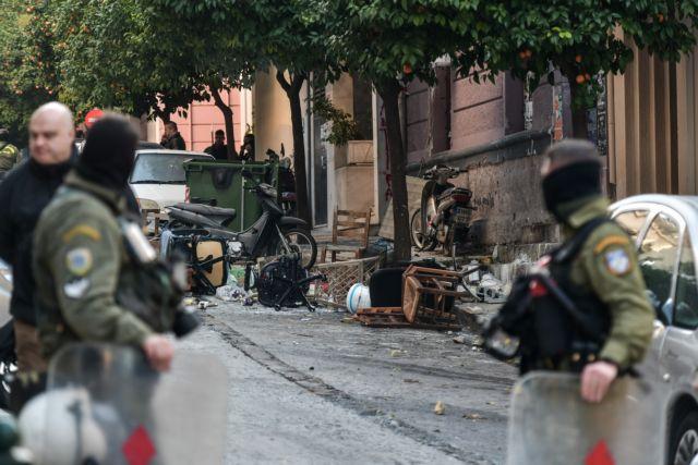 Κουκάκι : Ταυτοποιήθηκαν τέσσερα άτομα από την κατάληψη της οδού Ματρόζου