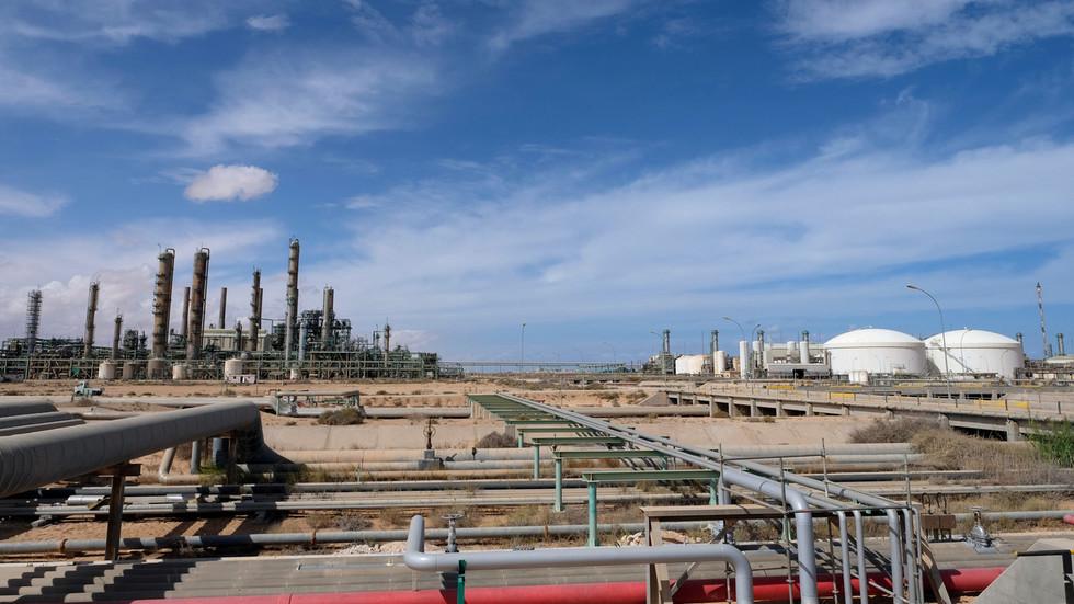 Λιβύη: Πόλεμος για το πετρέλαιο... Ο χάρτης που εξηγεί γιατί «καίγονται» όλοι!