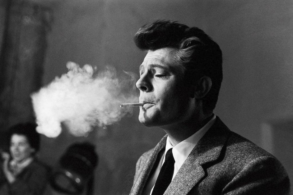 Τσιγαρόβηχας : Πώς να αντιμετωπίσετε τον βήχα του καπνιστή