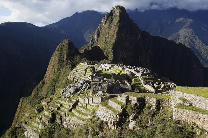 Περού : Φυλακή και απελάσεις στους τουρίστες για τη βεβήλωση στο Μάτσου Πίτσου