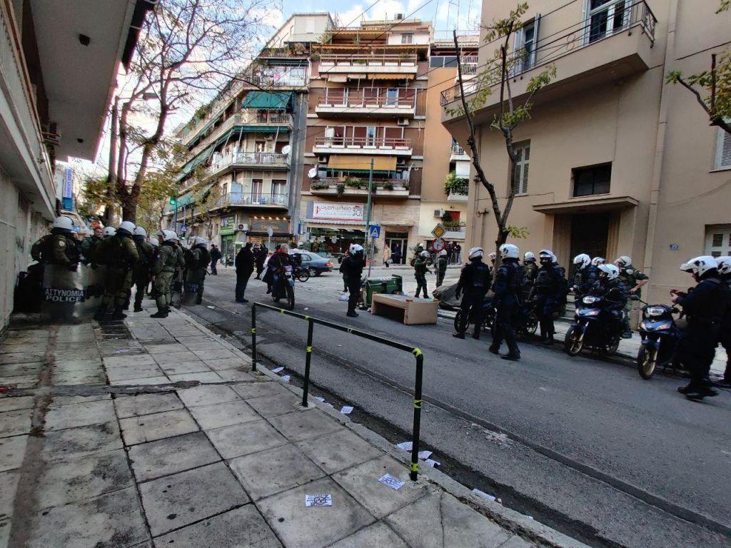 Κουκάκι : Αντιεξουσιαστές ανακατέλαβαν τα κτίρια των οδών «Ματρόζου 45» και «Παναιτωλίου 21»