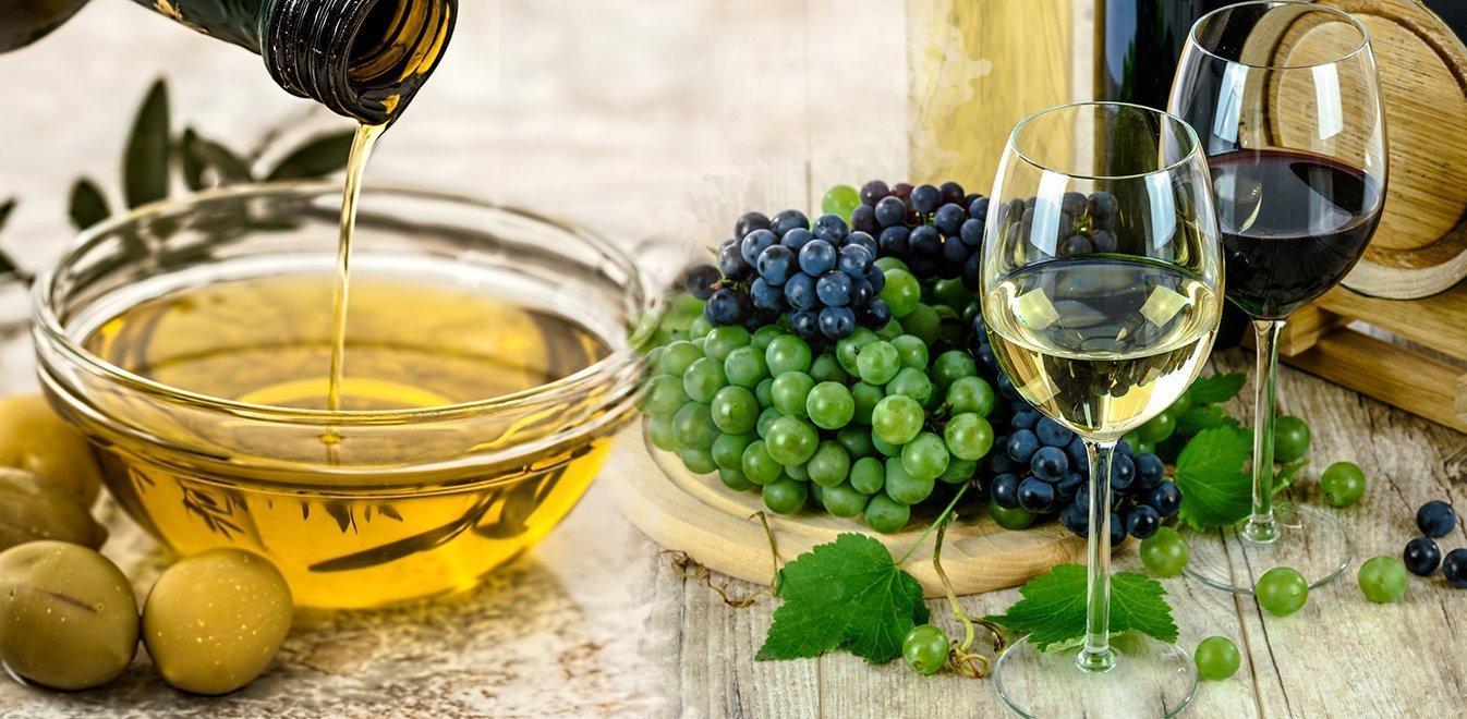 Εξαιρούνται προϊόντα ελιάς, τυριά και κρασιά της Ελλάδας από τους αμερικανικούς δασμούς!