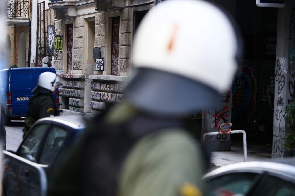 Εξάρχεια: Νέα αστυνομική επιχείρηση εκκένωσης κτιρίου