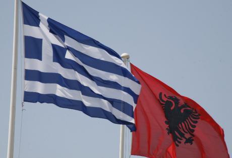 Μήνυμα Κομισιόν σε Αλβανία: Σεβαστείτε την ελληνική μειονότητα