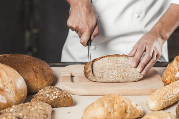 Δείτε γιατί δεν πρέπει να βγάλετε το λευκό ψωμί από τη διατροφή σας!
