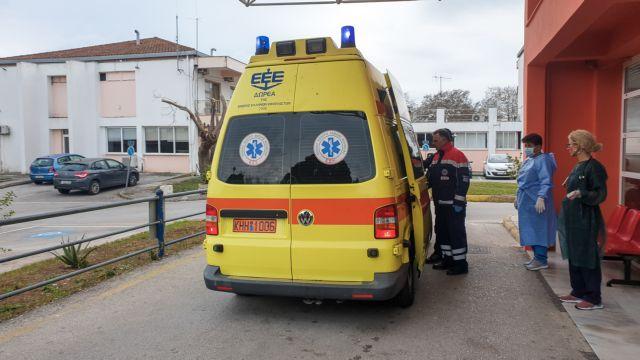 Νεαροί ξυλοκόπησαν άγρια διασώστη του ΕΚΑΒ στο Ηράκλειο | in.gr