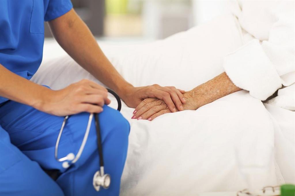 Ιωάννα Σιαφάκα : Εθνική απειλή η δραματική έλλειψη αναισθησιολόγων σε κρίσιμα πόστα του ΕΣΥ | in.gr