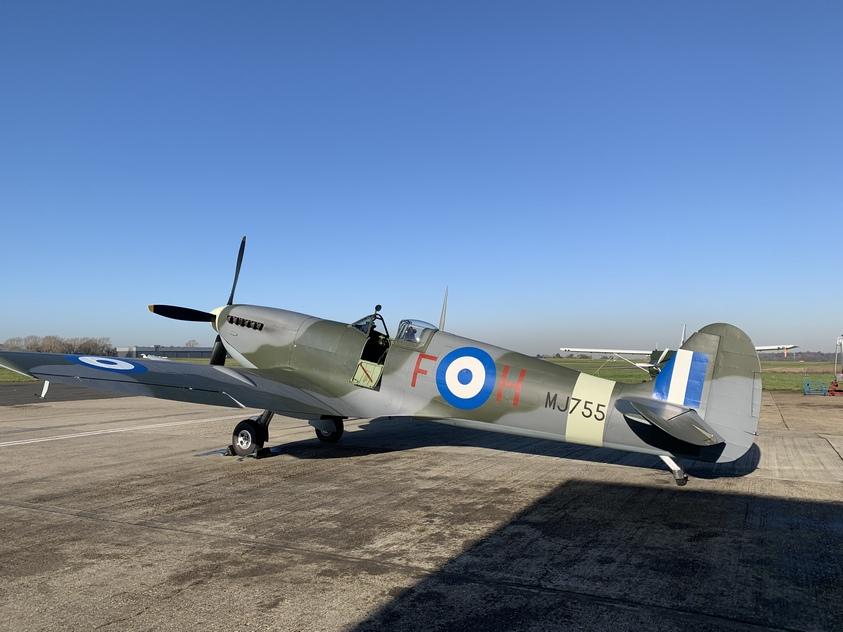 Τζορτζ Νταν : Ο βρετανός πιλότος του θρυλικού Spitfire MJ755