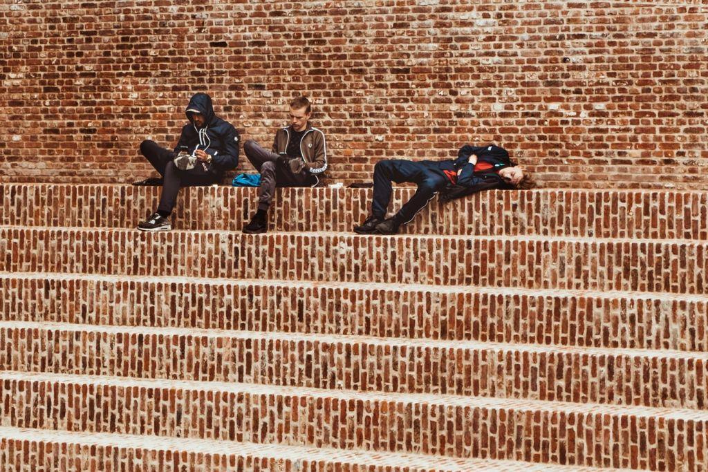 Η καθιστική ζωή στην εφηβεία συνδέεται με αυξημένο κίνδυνο κατάθλιψης
