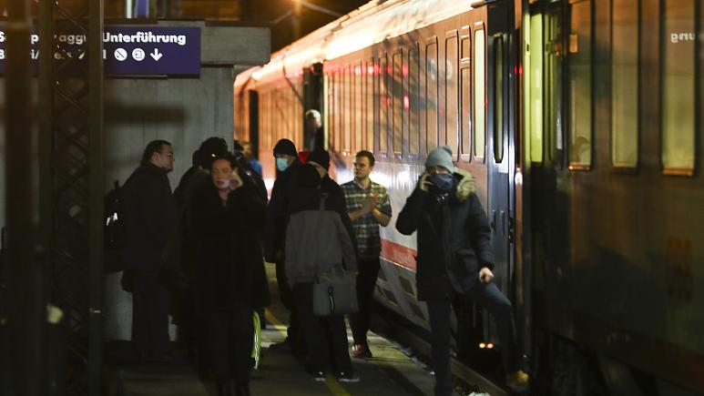 Κοροναϊός : Η Αυστρία διέκοψε τη σιδηροδρομική σύνδεση με την Ιταλία