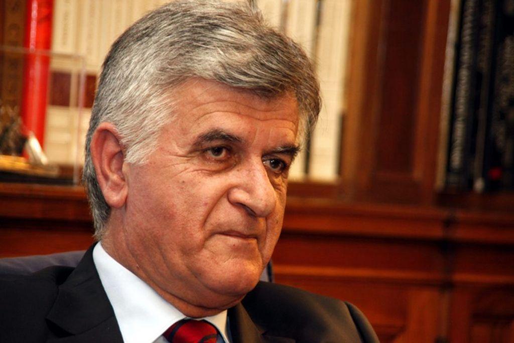 Πέθανε ο Φίλιππος Πετσάλνικος | in.gr