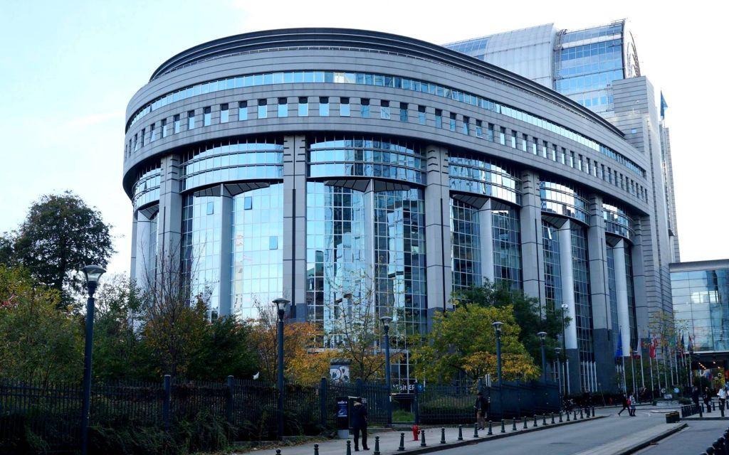 «Θύμα» του κοροναϊού και το Ευρωπαϊκό Κοινοβούλιο – Συνεδριάζει στις Βρυξέλλες αντί για το Στρασβούργο | in.gr