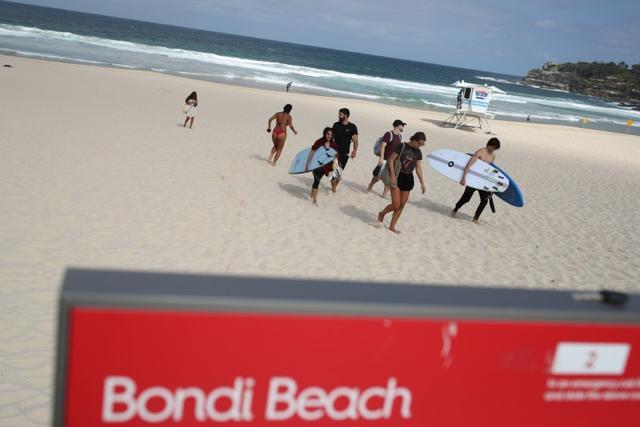 Κοροναϊός : Οι αυστραλιανές Αρχές έκλεισαν τη διάσημη παραλία Μπόντι Μπιτς του Σίδνεϊ