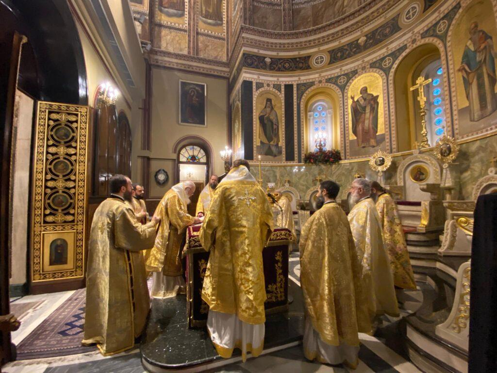 Το αίτημα της εκκλησίας να λάβουν οι ιερείς το επίδομα των 800 ευρώ και οι αντιδράσεις | in.gr