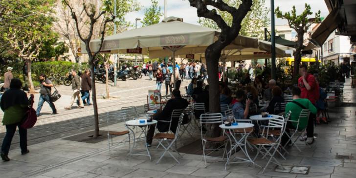 Κοροναϊός : Μπαίνει λουκέτο σε καφετέριες και εμπορικά κέντρα   in.gr