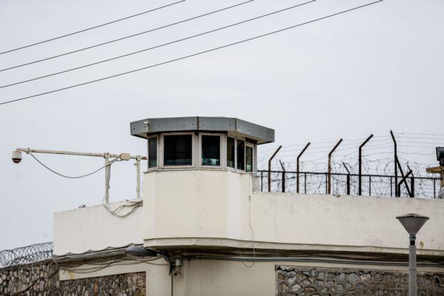 Στήριξη ΣΥΡΙΖΑ και ΚΙΝΑΛ στον κρατούμενο απεργό πείνας Βασίλη Δημάκη