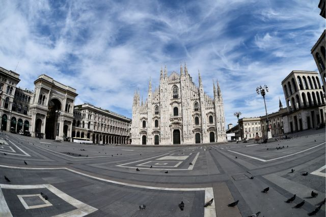 Κοροναϊός: Εξαπλάσιοι νεκροί στο Μιλάνο από ό,τι στο Β' Παγκόσμιο Πόλεμο