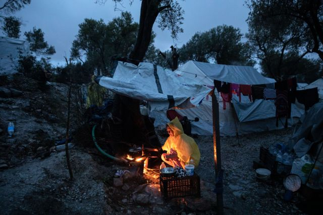 Μόρια: Πυροβολισμοί στη δομή προσφύγων – Πληροφορίες για δύο τραυματίες